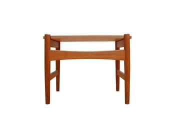 Hans Wegner AT50 side table.