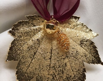 24kt Gold Full Moon/German Maple Leaf Ornament w/Pine Cone & Acorn