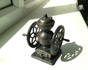 Play-Me Coffee Grinder Pencil Sharpener