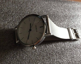 UNISEX Male Female Colour Silver Analog