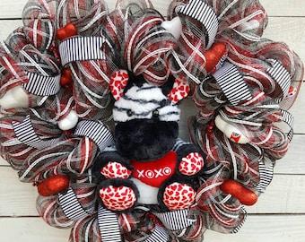 SALE, Valentine Wreath, Heart Wreath, Bear Wreath, Zebra Wreath, Red, Black, White, Wreath, XOXO wreath
