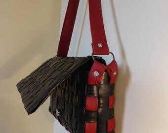 Handbag / satchel / shoulder bag / hand woven / black / red / Upcycled / Original