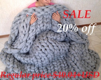 Sale!!! Chunky knit blanket. Chunky knit throw. Merino wool blanket. Giant knit blanket. Arm knit blanket. Super thick chunky blanket.