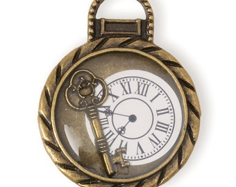 Clock w/ Key Pendant