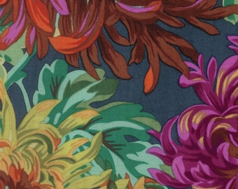 Kaffe Fassett Fall 2016 Shaggy in Dark by Philip Jacobs = flowers floral quilt cotton fabric by the yard metre PWPJ072.DARKX