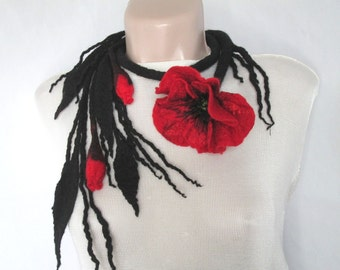 Fiber necklace with poppy,Felt necklace,Felted necklace with poppy,Red poppy necklace,Belt with poppy,Felted flower,Felt flower lariat