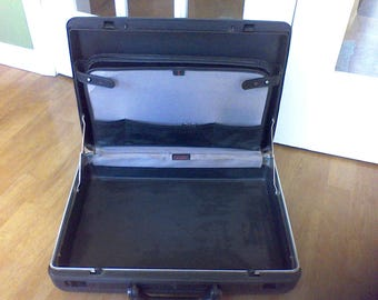 Vintage brief case, lap top holder, Attache case, Samsonite, Black