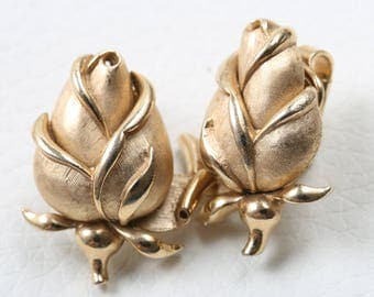 Trifari 1960s Gold Tone Rose Bud Earrings