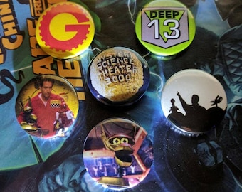 MST3K Button Set - Gizmonics, Crow, Deep 13, Tom Servo - Sci-Fi Pop Culture