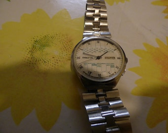 vintage Mint RAKETA PERPETUAL  calendar date  mechanical watch 2628h USSR,Be unique with your gift