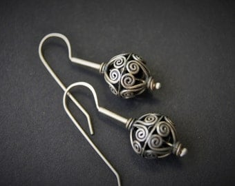 OOAK Sterling Silver Drop Earrings EI 112
