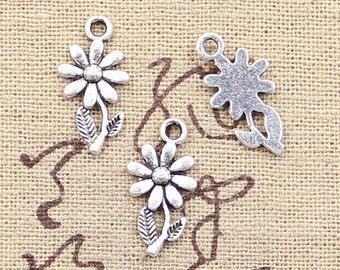 12 Daisy Flower Charms Antique Silver Tone Flower Charms Daisies Charms Charm Bracelet Bangle Bracelet Charm Pendants #116