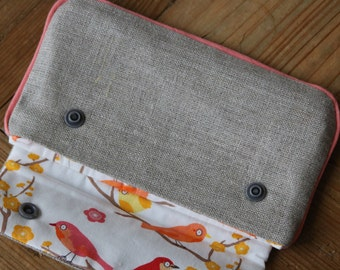 Cover in iridescent and inner natural linen in cotton with two snap buttons, reasons birds
