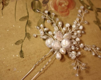 Bridal Hairpin Wedding hairpin hair accessory FREE SHIPPING hair jewelry hair vine freshwater pearls crystals