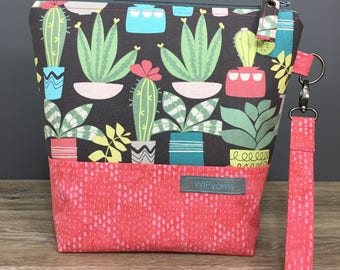 I Heart Succulents - Cactus Themed Medium Size Sock Knitting Project Bag by WIPyarns, Zippered Bag w/ Detachable Wrist Strap