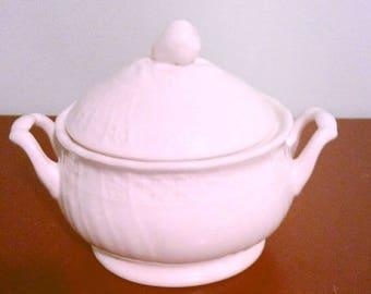 Mikasa Renaissance White # D4900 sugar bowl, vintage sugar bowl made in Japan.