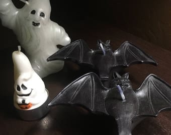 Vintage lot of 4 Halloween candles black bats & ghosts