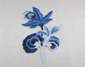 Blue embroidery flower appliques