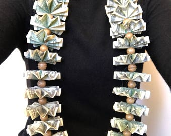 Money Lei - Mix Wood beads