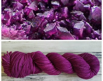 Hand Dyed Yarn, Superwash Merino Worsted Weight Tonal Yarn Perfect for Hats, Cowls, Scarves and Sweaters - Kammererite