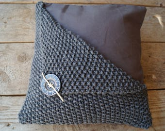 Nice rural (partly) knitted pillow 40 x 40 cm.