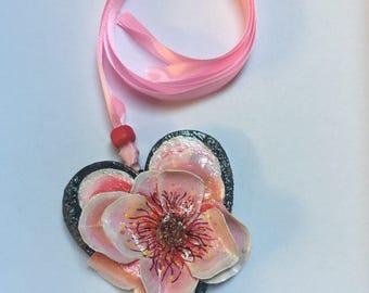 PEACH FLOWER pendant necklace