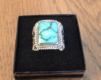 Ladies Sterling Silver Turquoise Ring