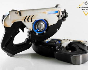 Tracer's  pulse pistols (pair), cosplay realsize replica,  props