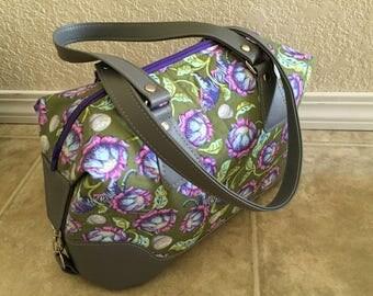 Handbag with two shoulder straps