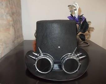 Gothic Steampunk Hut. Hat. Höherer Zylinder, Spiked Steampunk Goggles. Size 58