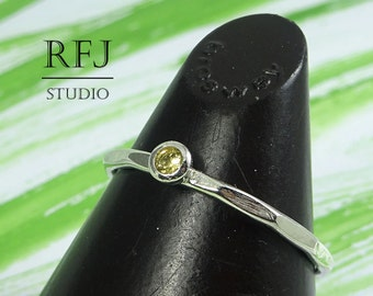 Natural Peridot Faceted Silver Ring, Genuine 2 mm Round Cut Peridot August Birthstone Ring, Green Peridot Textured Stacking Ring With Facets