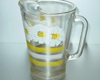 Vintage Glass Pitcher With Ice Lip, White Flowers Yellow Stripes, Retro Kitchen, Beverages