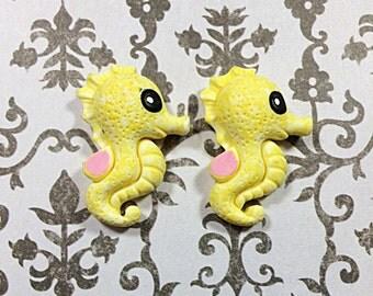 Yellow Kawaii seahorse cabochons