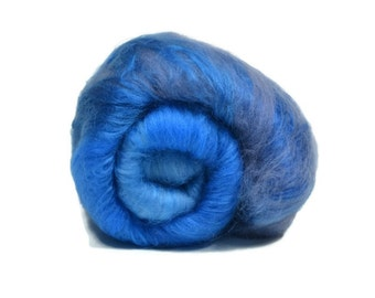Carded Spinning Batt, Spinning Fiber, Merino,Bamboo - Lake Michigan - 4 oz.