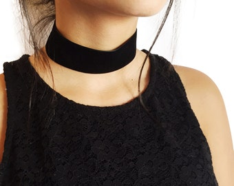 ON SALE! Velvet Choker