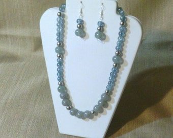 280 Vintage Style Large Silver Jade Style Glass Beads and Moonlight Blue Crackle Glass Beads with Silver Colored Opaque Beads Beaded Choker