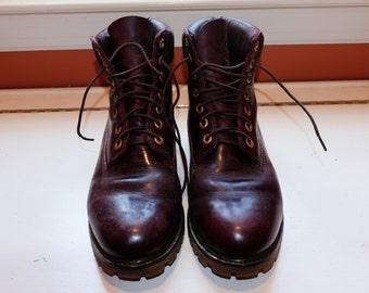 VINTAGE: Dark Leather Timberland Boots (Men's 11-12)