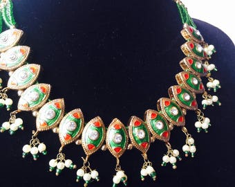 Delicate Green Bollywood Necklace - Stunning traditional piece