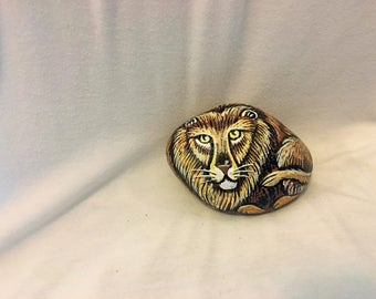 Lion Pebble Pet