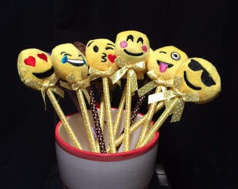 Emoji  favor pen 12 pcs set- Emoji party- Emoji favor- Emoji Birthday party favors- plush emoji- emoji keepsake gifts- emotion favors
