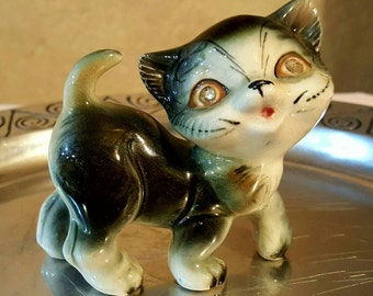 Vintage 1950's porcelain kitty figurine