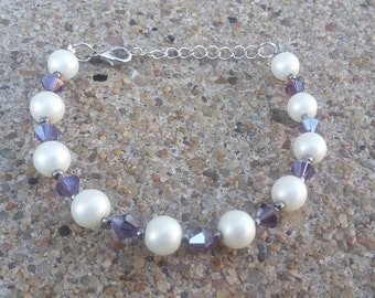 White Glass and Colored Bi-cone Faceted Crystal Bead Bracelet/Wedding/Bride/Bridesmaid/White/Purple/Pink/Prom/Anniversary/Handmade/Gift Idea