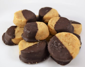 Almond Shortbread Cookies - 2 Dozen