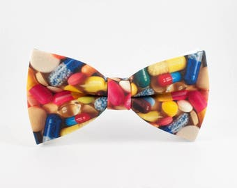 Mens bow ties - Pharmacist gift Doctor bow tie Pills bow tie Medical student gift Doctor gift Women bow tie Statement Necklace Bow for women