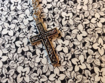 Vintage Silver Chain with Cross Pendant