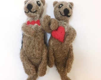Pair of Needle Felted Sea Otters. 2 Otter figurines. Wedding cake topper. Valentines gift.