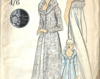 """1960s Vintage VOGUE Sewing Pattern B36"""" NIGHTGOWN & ROBE (1652)"""