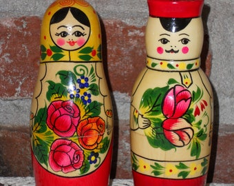 Vintage 'MADE IN RUSSIA' Salt and Pepper Shakers - Nesting Doll Style Shakers - Handmade Wood Shakers - One Set - Boy and Girl Shakers