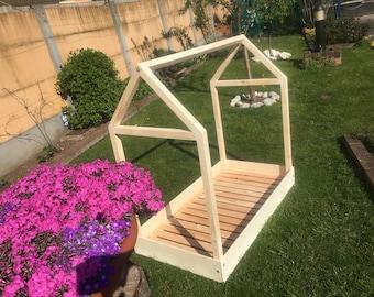 Sunbed Montessori stylized House