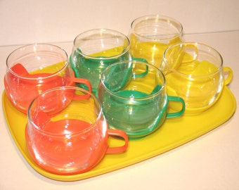 Chic tea glasses from the 1970s